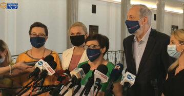 Katarzyna Lubnauer, Barbara Nowacka, Krystyna Szumilas, Rafał Grupiński podczas konferencji w Sejmie