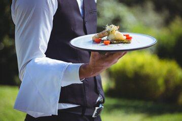 Kelner, zdj. ilustracyjne