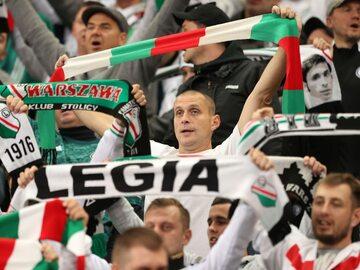 Kibice Legii Warszawa na meczu z Leicester