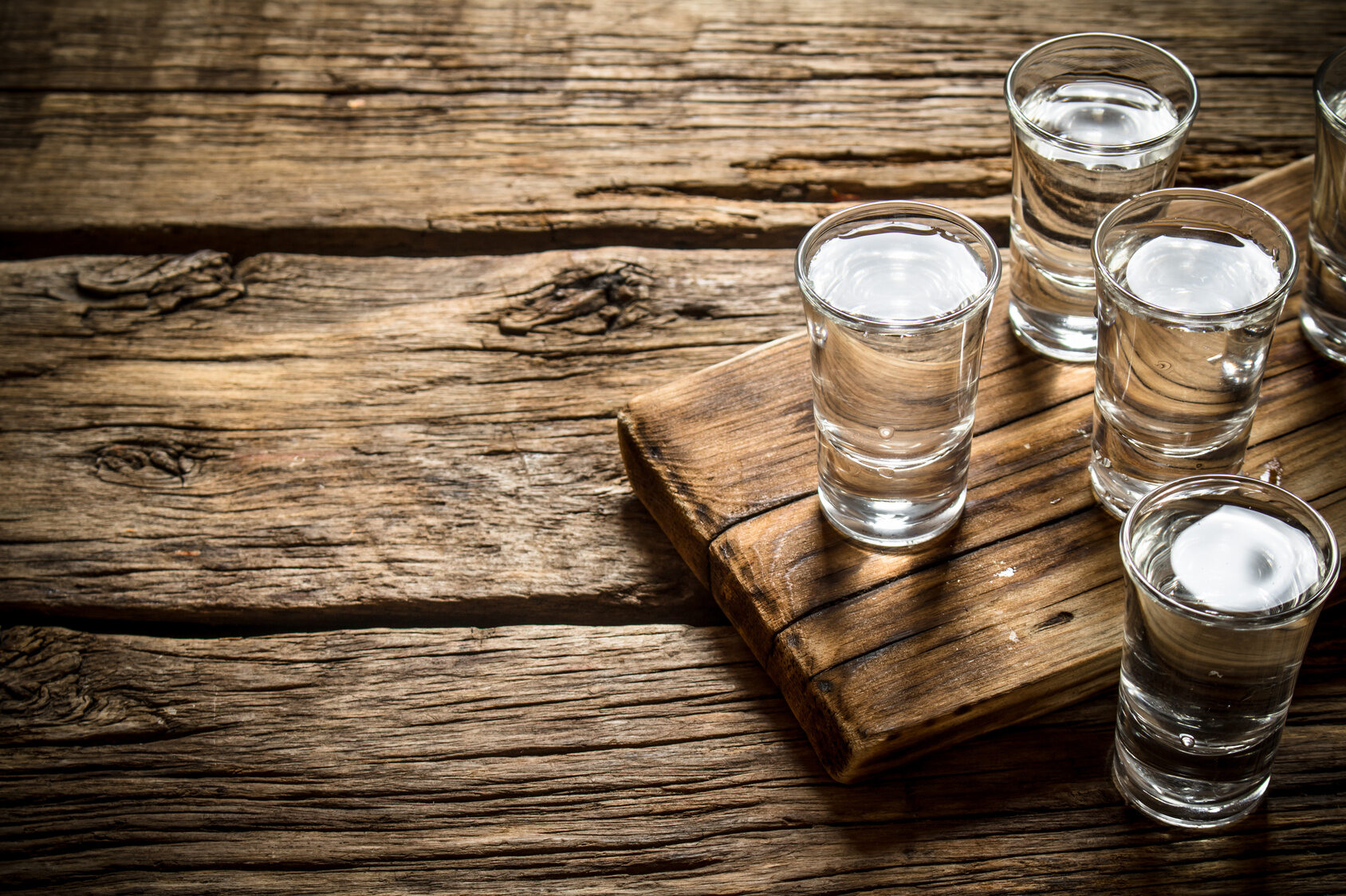 Kieliszki wódki (zdj. ilustracyjne)