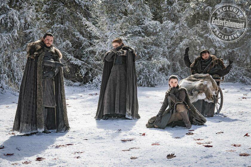 "Kit Harington (Jon Snow), Sansa (Sophie Turner) Arya (Maisie Williams) i Bran (Isaac Hempstead-Wright) w magazynie ""Entertainment Weekly"""