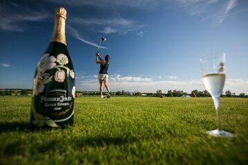Kobiecy turniej golfowy