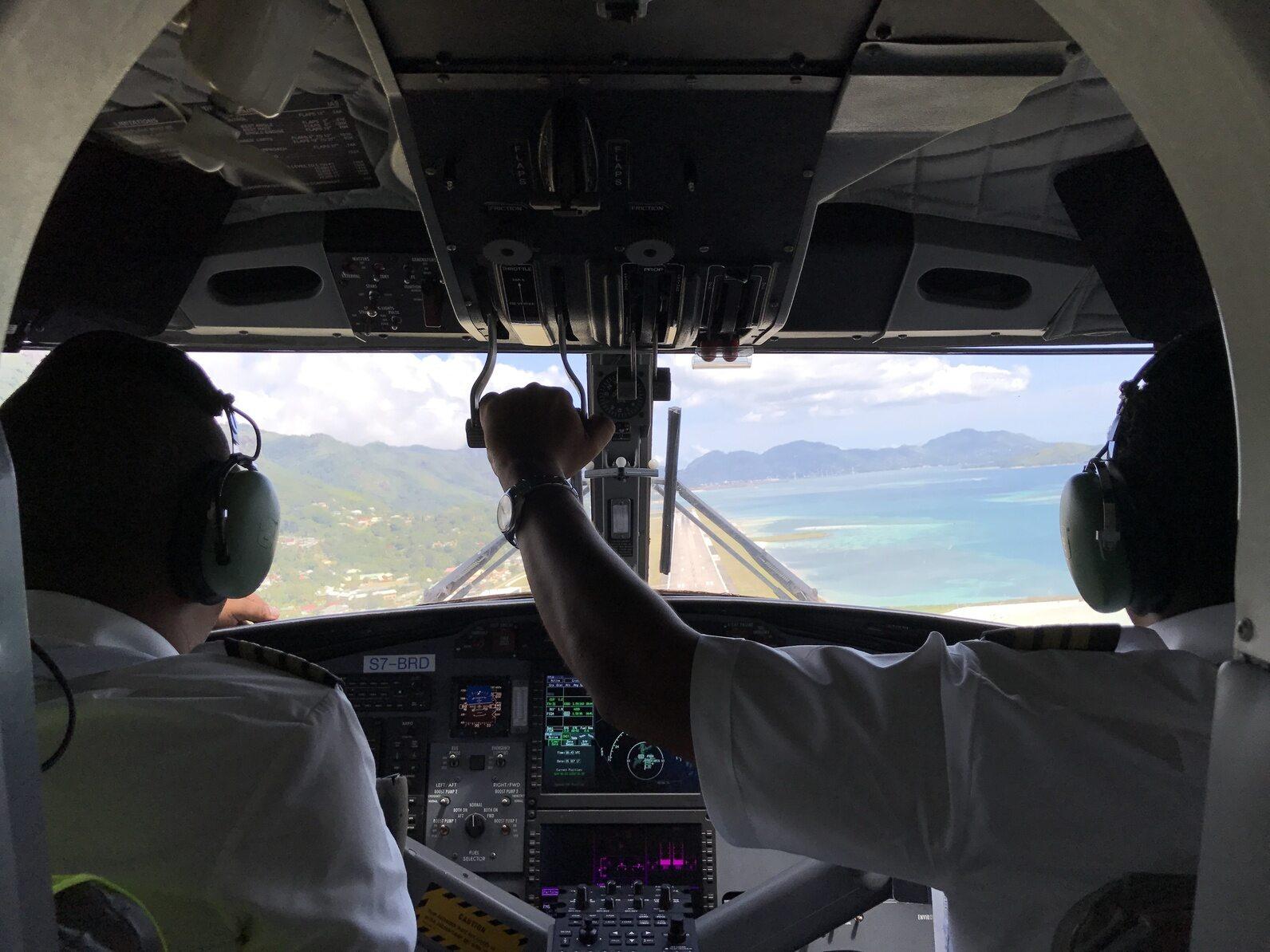 Kokpit samolotu, zdjęcie ilustracyjne