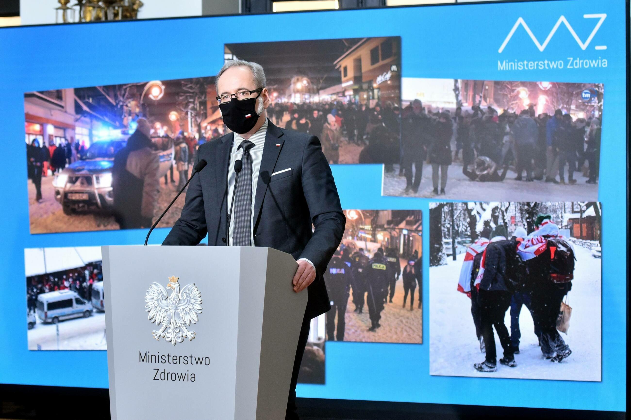 Konferencja ministra zdrowia Adama Niedzielskiego dotycząca także zajściom w Zakopanem, fot. D. Burzykowski