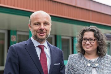 Konrad Fijołek z żoną