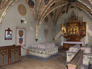 Krypta piastów opolskich w kościele franciszkanów w Opolu