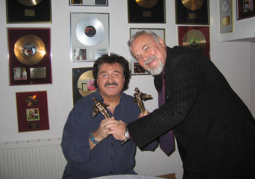 Krzysztof Krawczyk ze swoim przyjacielem i agentem