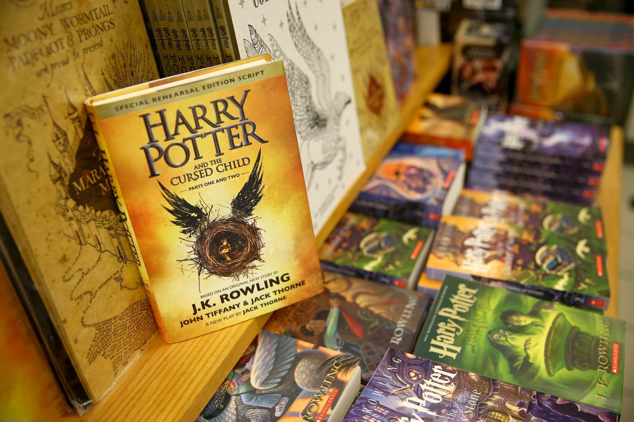 """Książki """"Harry Potter"""""""