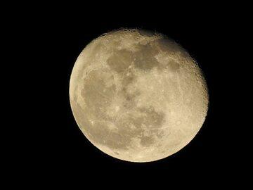 Księżyc, zdjęcie ilustracyjne