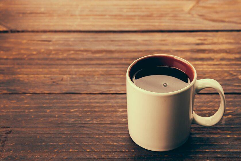 Kubek z kawą