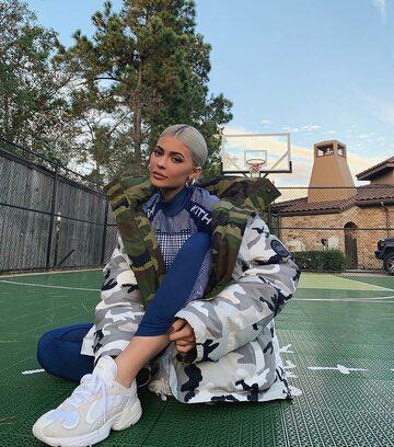 Kylie Jenner w ubraniach MISBHV