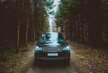 Land Rover Range Rover SUV, zdjęcie ilustracyjne