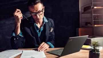 Laptop Lenovo ThinkPad X1 Nano znakomicie spisuje się zarówno w biurze, jak i poza nim
