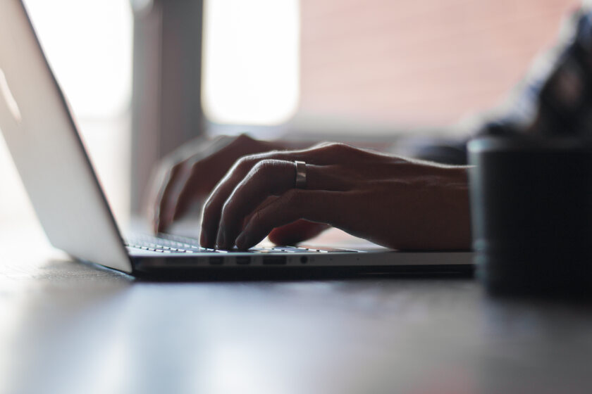 Laptop, zdjęcie ilustracyjne