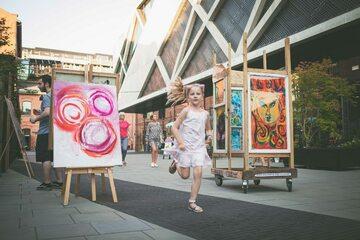 Lato z młodymi artystami w Centrum Praskim Koneser