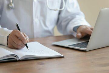 Lekarz, rejestracja (zdj. ilustracyjne)
