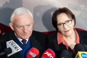 Leszek Miller i Ewa Kopacz na podpisaniu deklaracji założycielskiej KE w Warszawie (1.02.2019 r.)