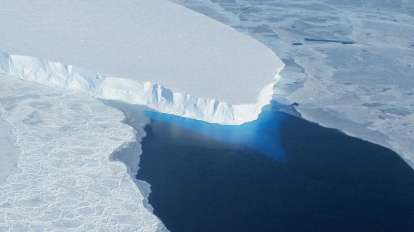 Lodowiec Thwaites na Antarktydzie