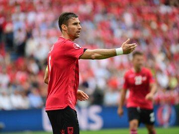 Lorik Cana w trakcie Euro 2016