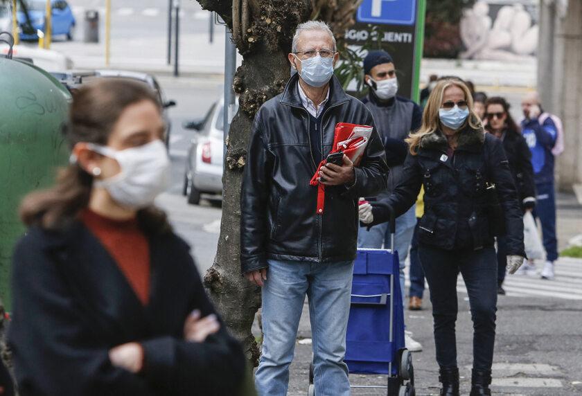 Ludzie na ulicy w Rzymie