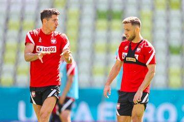 Maciej Rybus i Robert Lewandowski na treningu reprezentacji Polski