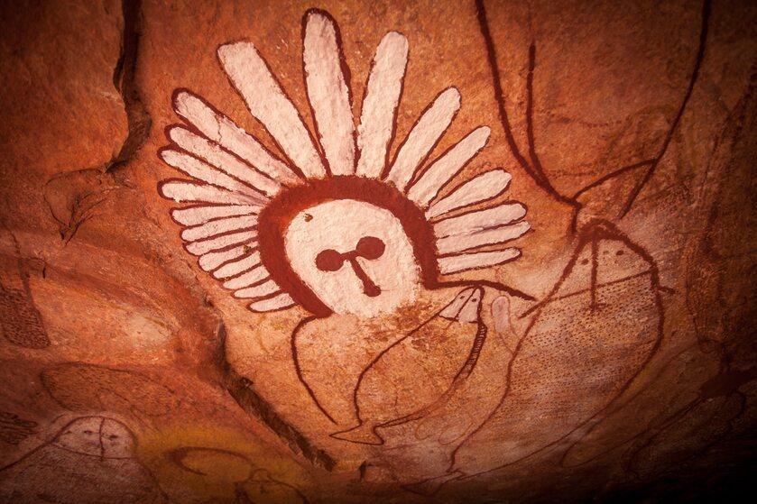 Malowidła na ścianie w jaskini