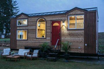 Mały dom na kółkach projektu firmy Tiny Heirloom