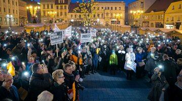 Manifestacja poparcia dla strajku nauczycieli w Rybniku