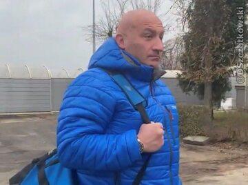Marcin Najman czekający na Krzysztofa Stanowskiego