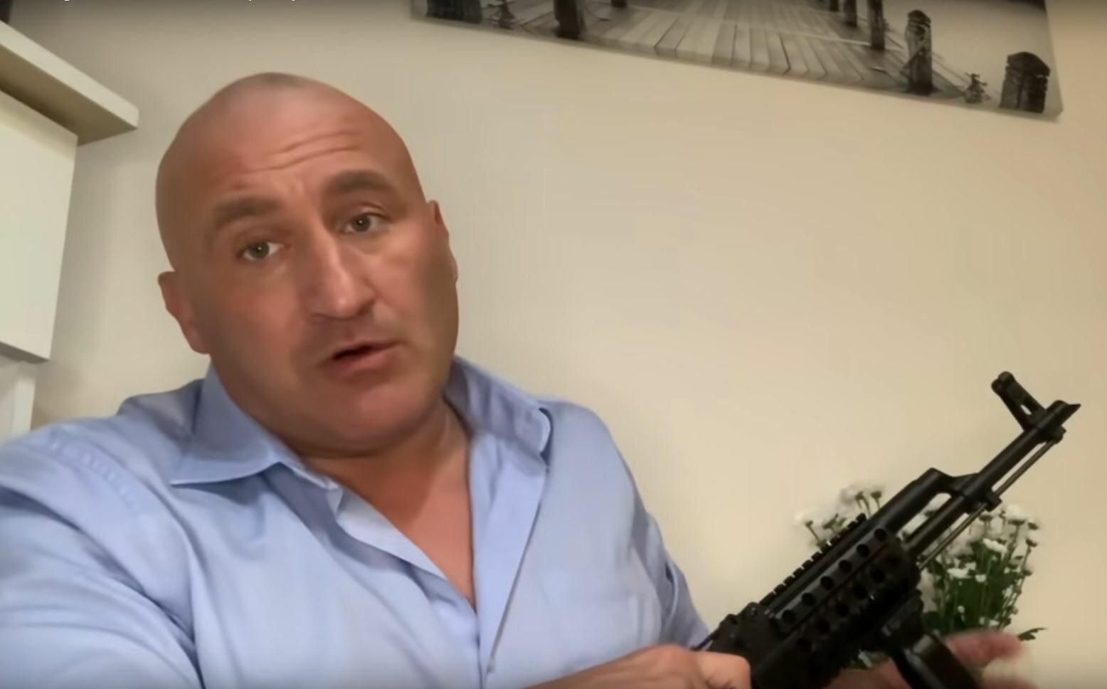 Marcin Najman reaguje na pobicie strażnika Jasnej Góry w Częstochowie.