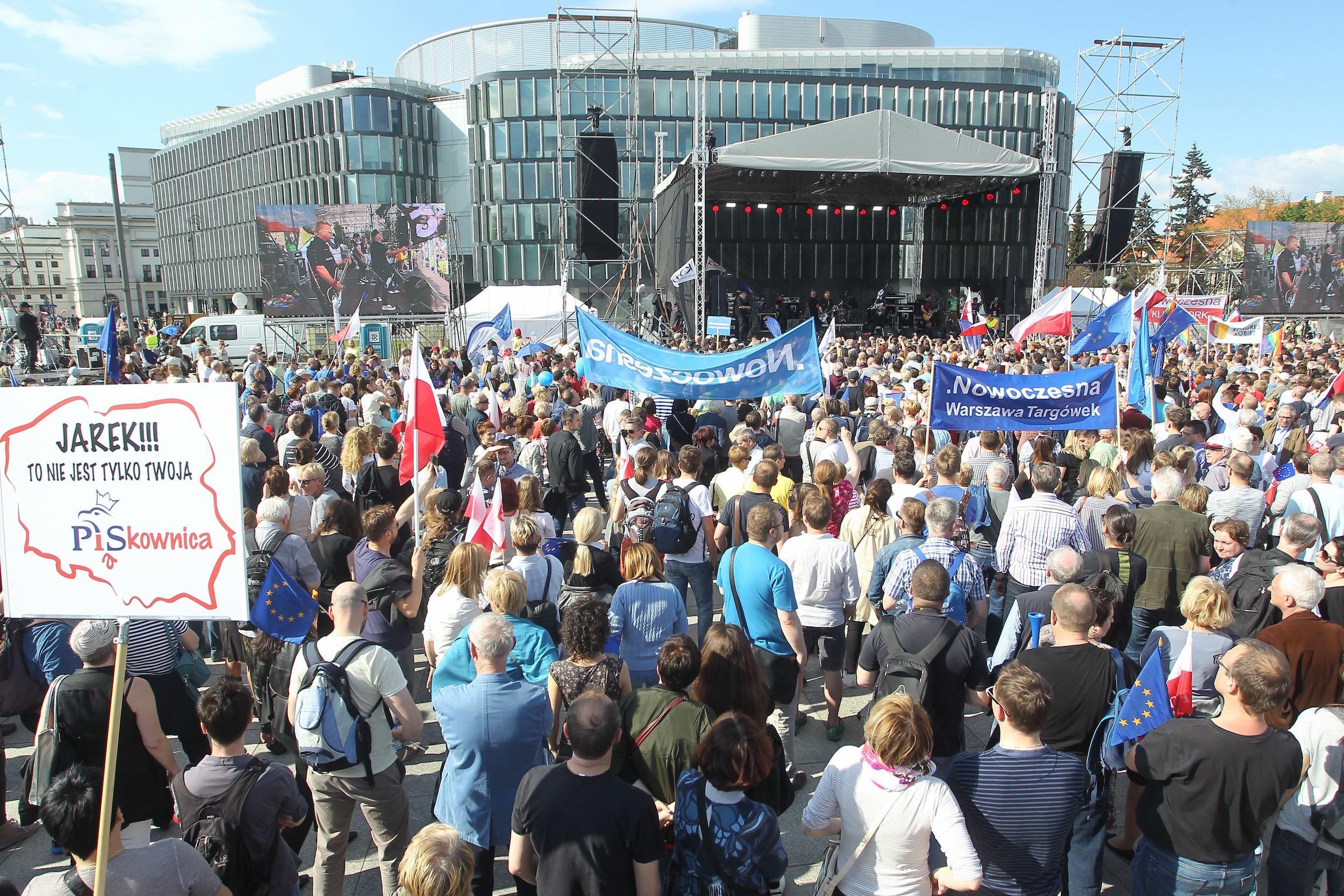 Marsz KOD i opozycji