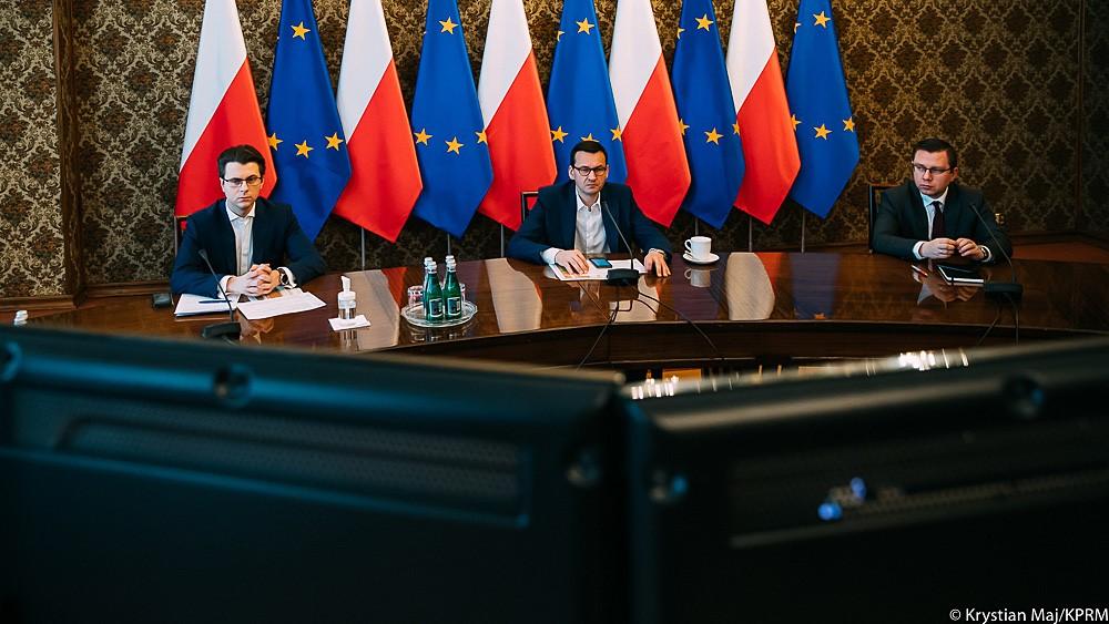 Mateusz Morawiecki na posiedzeniu Rządowego Zespołu Zarządzania Kryzysowego