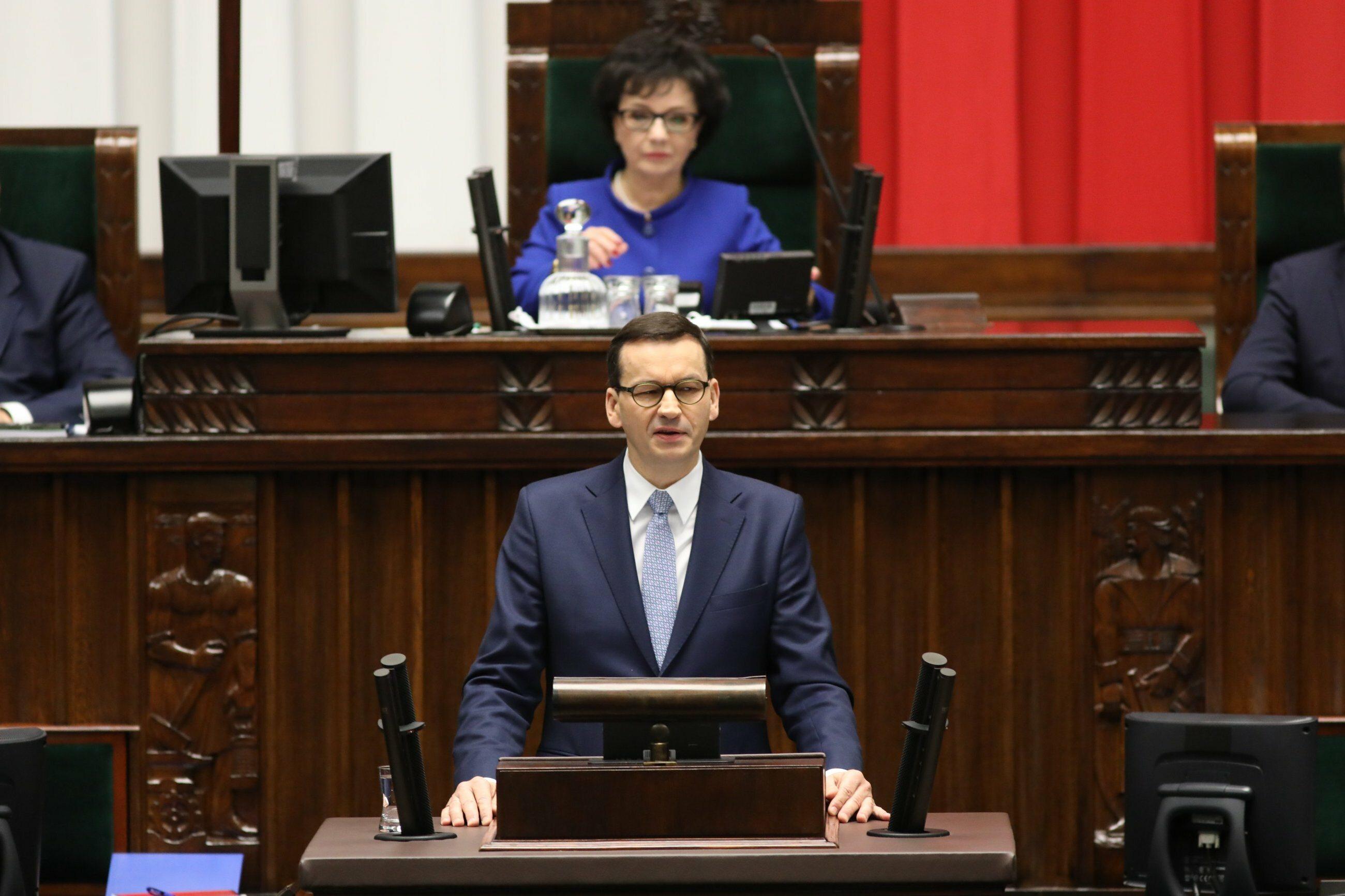 Mateusz Morawiecki podczas wygłaszania expose