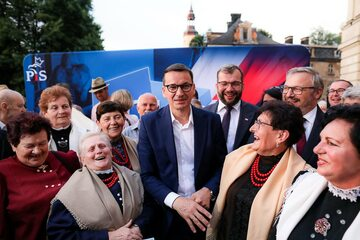Mateusz Morawiecki promuje Polski Ład jeżdżąc po Polsce