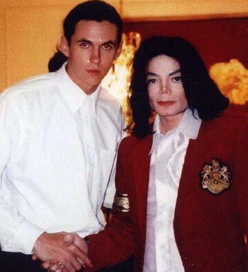 Matt Fiddes i Michael Jackson