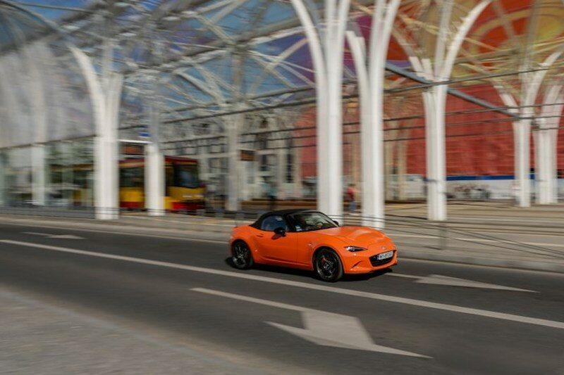 Mazda MX-5 na ulicach Łodzi