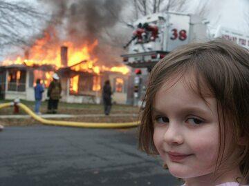 """Mem określany na Zachodzie jako """"Disaster Girl"""""""