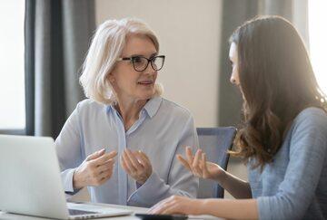 Mentoring jest formą edukacji, zdj. ilustracyjne