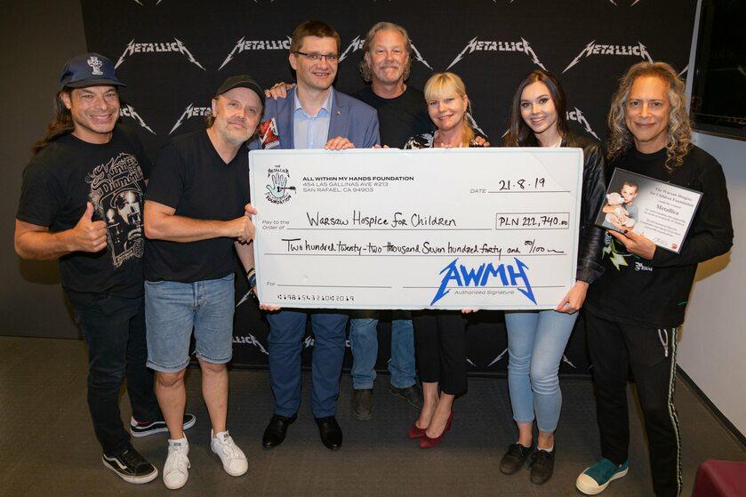 Metallica pomaga polskim dzieciom
