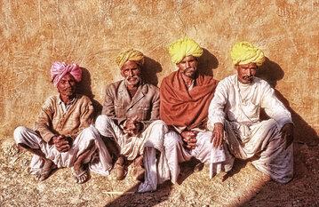 Mężczyźni w Rajahstanie