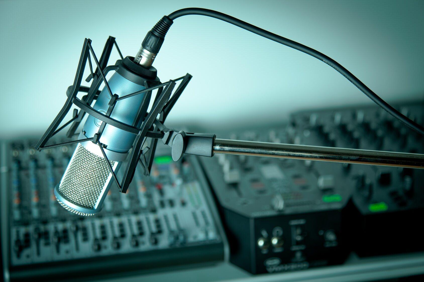 Mikrofon, radio