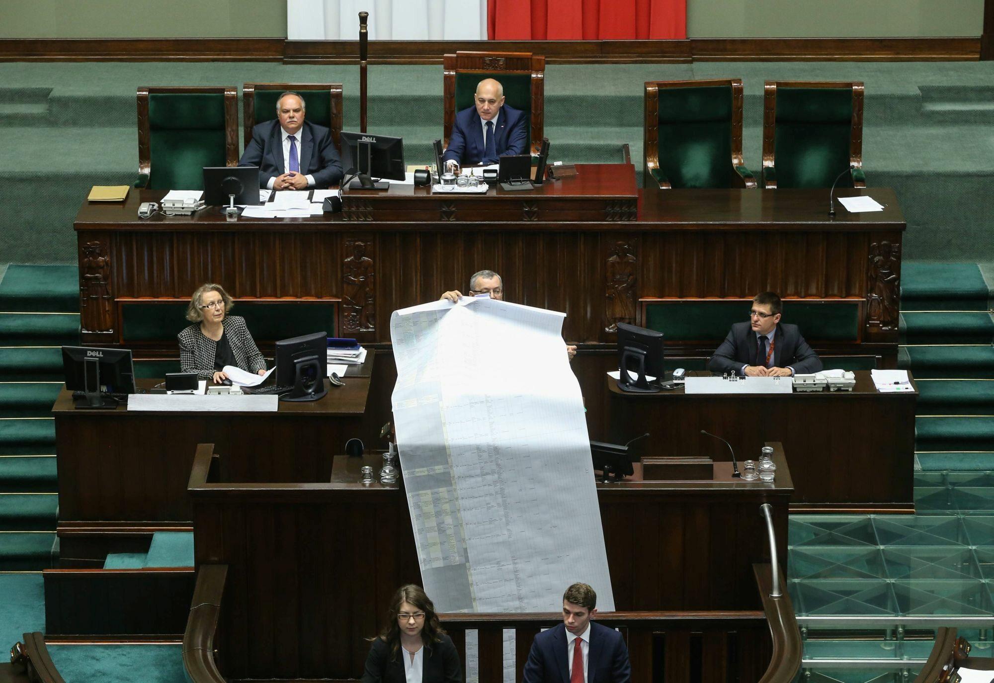 Minister Andrzej Adamczyk podczas prezentacji tzw. audytu