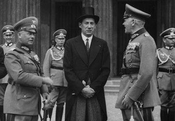 Minister Józef Beck podczas oficjalnej wizyty w Niemczech (1935 r.)