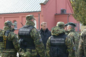 Minister Mariusz Błaszczak w lubańskim Ośrodku Szkoleń Specjalistycznych Straży Granicznej