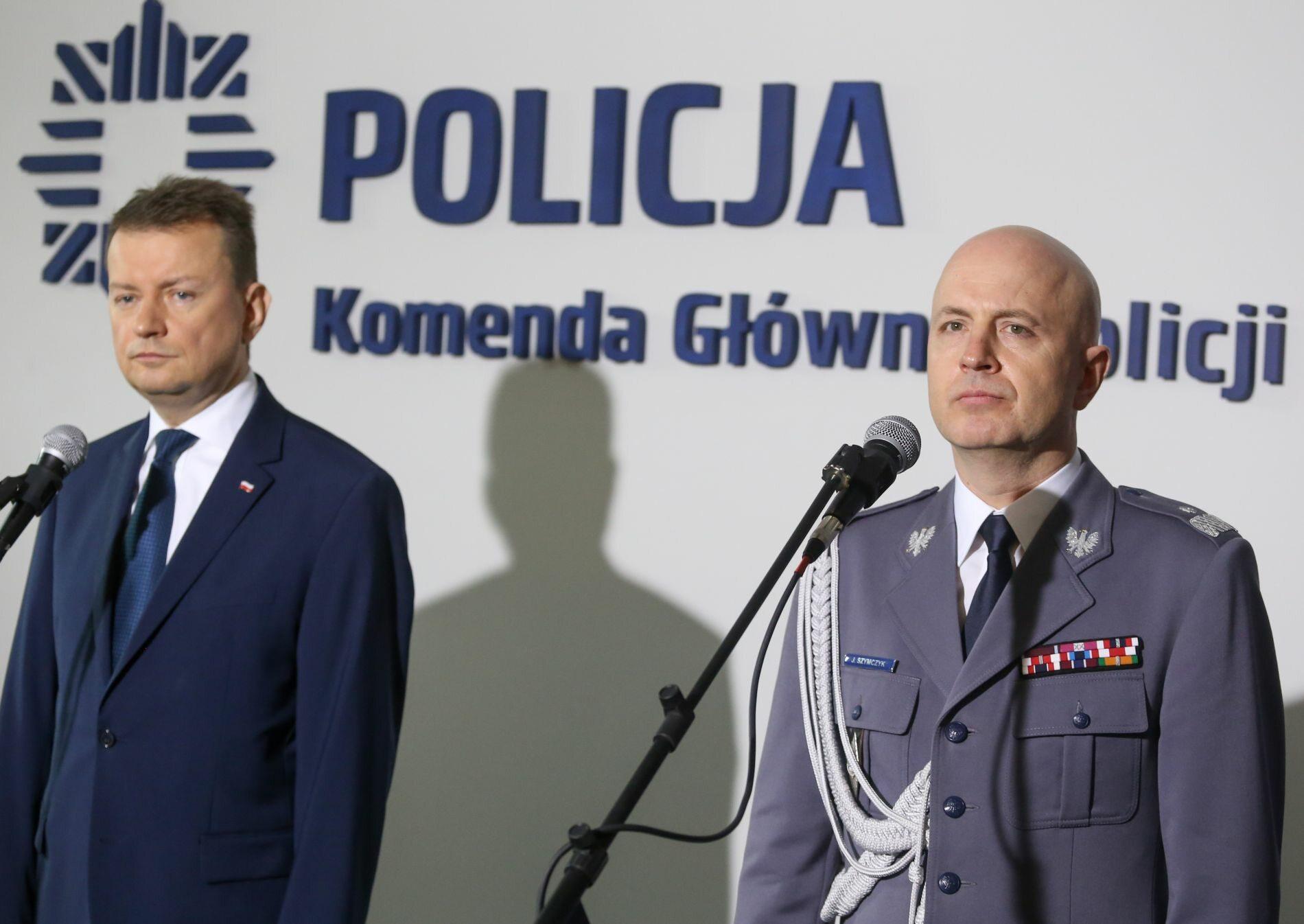 Minister spraw wewnętrznych Mariusz Błaszczak i komendant główny policji Jarosław Szymczuk