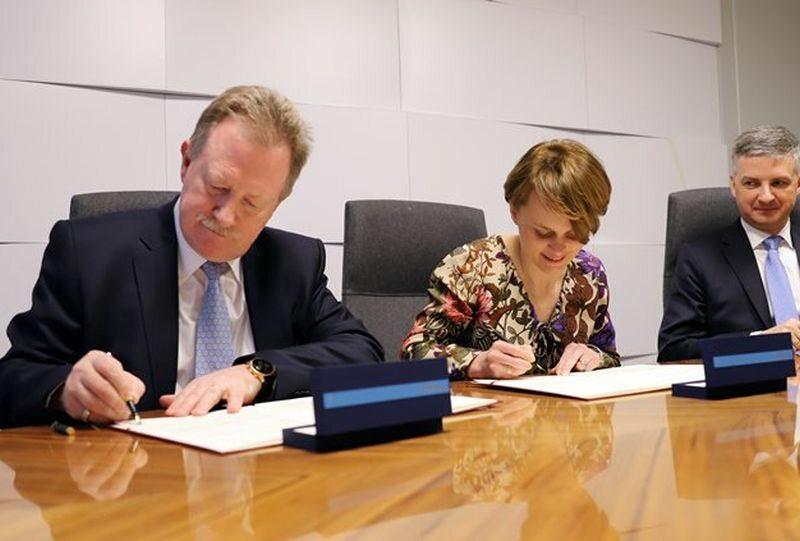 Ministerstwo Przedsiębiorczości i Technologii zawarło umowę o strategicznej współpracy z Roche