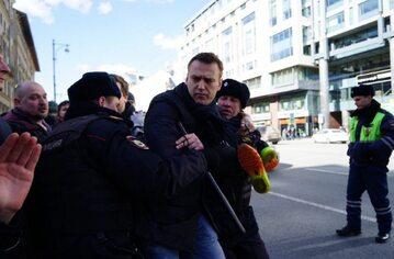 Moment zatrzymania Nawalnego