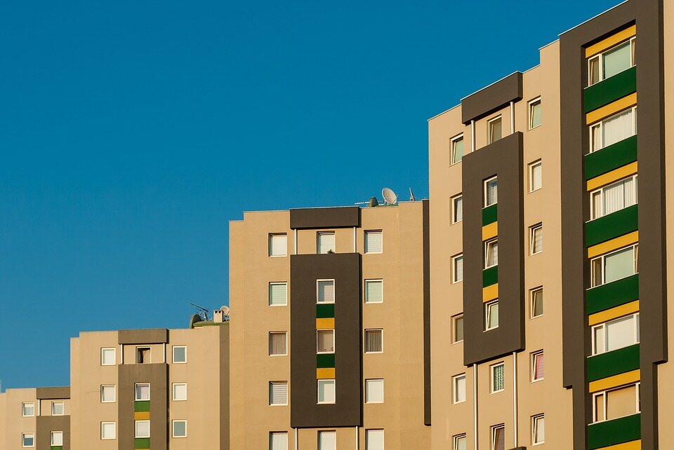 Na osiedlach z ogromną rotacją lokatorów o budowanie relacji najtrudniej