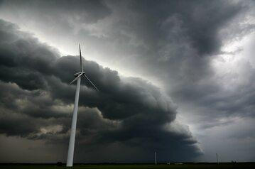 Nadchodząca burza, wichura