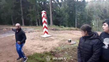 Nagrania z Białorusi z granicy, dziennikarze wskazują na to, że Mińsk ma własną linię propagandową ws. migrantów